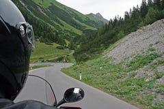 Entraînez une réduction la route de montagne Image stock