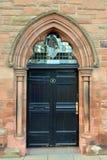 Entrada à antiga igreja média em Tay Street, Perth, Escócia Fotos de Stock