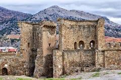 Entrada à fortaleza Genoese em Sudak Fotografia de Stock