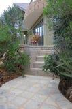 Entrada à HOME moderna bonita Imagem de Stock Royalty Free