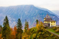 Entrada à mina de sal em Hallstatt, Áustria foto de stock royalty free