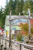 Entrada à rua da angra em Ketchikan Alaska fotografia de stock
