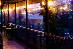 Entrada acogedora del restaurante Foto de archivo