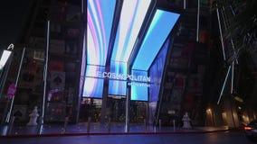 Entrada al hotel y al casino cosmopolitas en Las Vegas - los E.E.U.U. 2017 almacen de metraje de vídeo