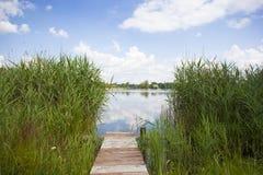 Entrada al lago foto de archivo libre de regalías