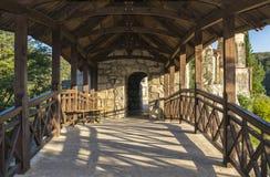 Entrada al monasterio Imágenes de archivo libres de regalías