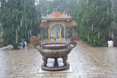 Entrada al monasterio budista Fotos de archivo libres de regalías