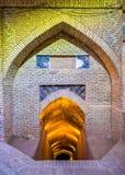 Entrada al sótano de la mezquita de Jameh en Yazd Fotos de archivo