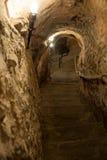 Entrada al sótano subterráneo en España foto de archivo