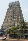 Entrada alta do templo em Kanchipuram, Índia fotos de stock