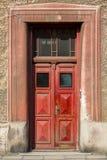 Entrada antiquado da porta da rua, Europa Foto de Stock Royalty Free