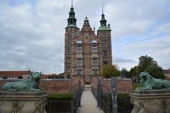 Entrada ao castelo em Copenhaga foto de stock