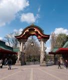 Entrada ao jardim Zoological de Berlim imagens de stock royalty free