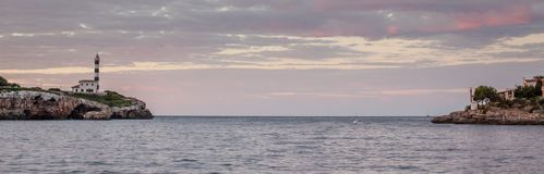 Entrada ao porto de Porto Colom, Mallorca, Espanha fotografia de stock royalty free