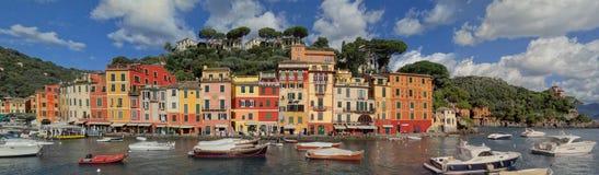 A entrada ao porto de Portofino fotos de stock royalty free
