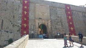 Entrada aos mercados árabes famosos no castelo da Espanha de Ibiza Foto de Stock