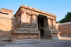 Entrada, capilla de Deivanayaki Amman, adyacente al templo de Airavatesvara, Darasuram, Tamil Nadu Fotografía de archivo