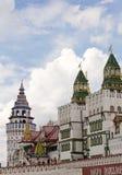 Entrada central al puente Izmailovo de Kremlin Imagenes de archivo