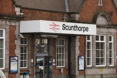 Entrada da estação de Scunthorpe - Scunthorpe, Lincolnshire, K unido imagem de stock