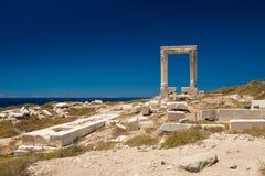 Entrada de Apollo Temple, ilha de Naxos, Cyclades Imagem de Stock Royalty Free