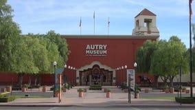 Entrada de Autry Museum del museo del oeste americano en Los Ángeles almacen de metraje de vídeo
