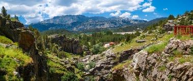 Entrada de cavernas de Tinaztepe em Konya Foto de Stock