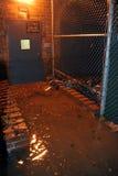 Entrada de construção inundada causada por Furacão Areia Fotos de Stock Royalty Free