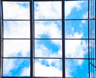 Entrada de cristal al edificio moderno Fotografía de archivo libre de regalías