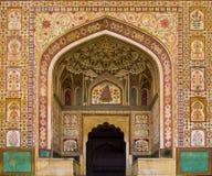 Entrada de Ganesh Pol en Amber Fort Palace, Jaipur, Rajasthán, la India fotografía de archivo