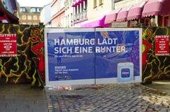 Entrada de Herbertstrasse en el Reeperbahn en la ciudad de Hamburgo Alemania Europa el distrito del entretenimiento en el distrit Foto de archivo libre de regalías