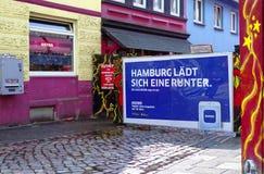 Entrada de Herbertstrasse en el Reeperbahn en la ciudad de Hamburgo Alemania Europa el distrito del entretenimiento en el distrit Imagenes de archivo