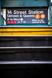 Entrada de la estación de metro de NYC Fotos de archivo libres de regalías
