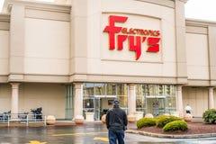 Entrada de la tienda de Fry's Electronics Foto de archivo libre de regalías