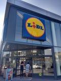 Entrada de la tienda de Lidl imagen de archivo