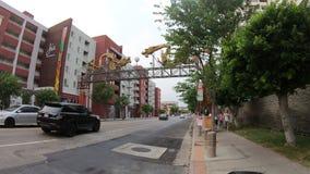 Entrada de Los Angeles Chinatown almacen de metraje de vídeo