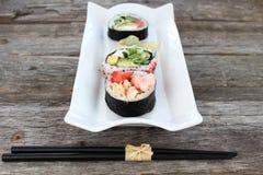 Entrada de los rollos de sushi Foto de archivo libre de regalías
