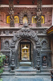Entrada de oro del templo Imágenes de archivo libres de regalías
