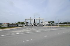 Entrada de Puncak Alam Mosque en Selangor, Malasia Fotos de archivo
