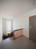 Entrada de um apartamento fotografia de stock