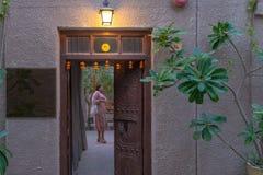 Entrada de un hotel selecto, Dubai foto de archivo libre de regalías