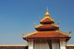 Entrada de Wat Phra That Luang, templo de Laos Imagen de archivo libre de regalías