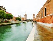 Entrada del Arsenale Venecia, Italia imagenes de archivo