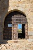 Entrada del castillo de Belver imagenes de archivo