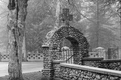 Entrada del cementerio Imagen de archivo libre de regalías