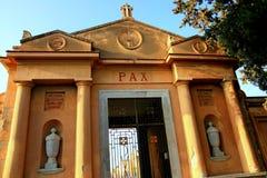 Entrada del cementerio, cristianismo Foto de archivo libre de regalías