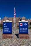 Entrada del centro médico del VA Imagen de archivo libre de regalías