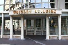 Entrada del edificio de Chicago - de Wrigley fotos de archivo libres de regalías