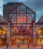 Entrada del mercado de Quincy en la oscuridad Imagenes de archivo