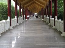 Entrada del monasterio budista Foto de archivo