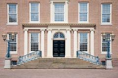 Entrada del palacio fotografía de archivo libre de regalías